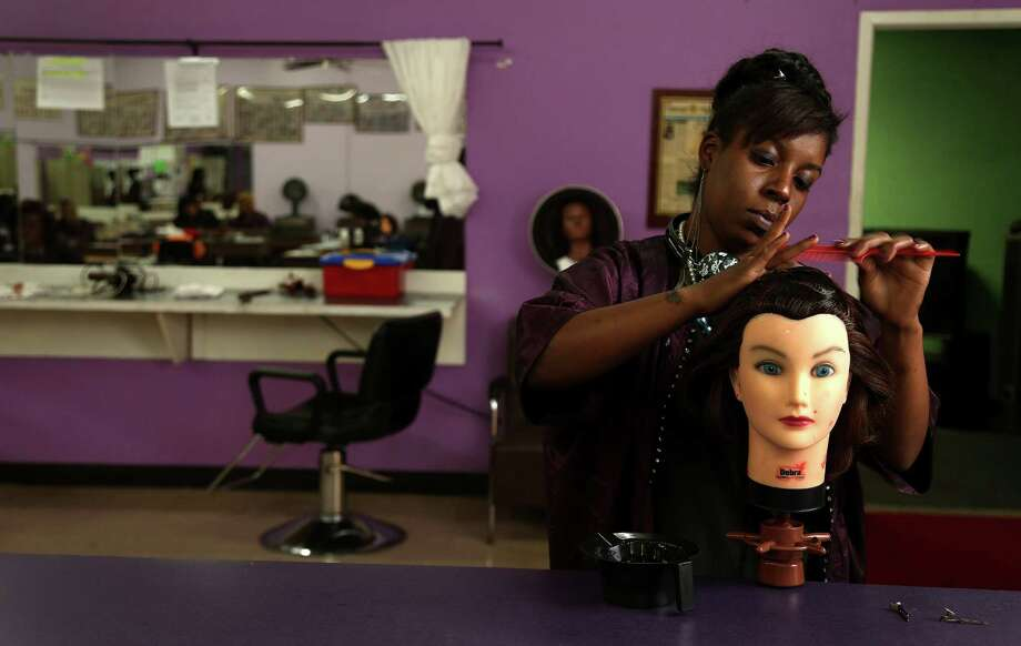 Orange County, California: Beauty School Photo: Karen Warren, Staff / © 2013 Houston Chronicle