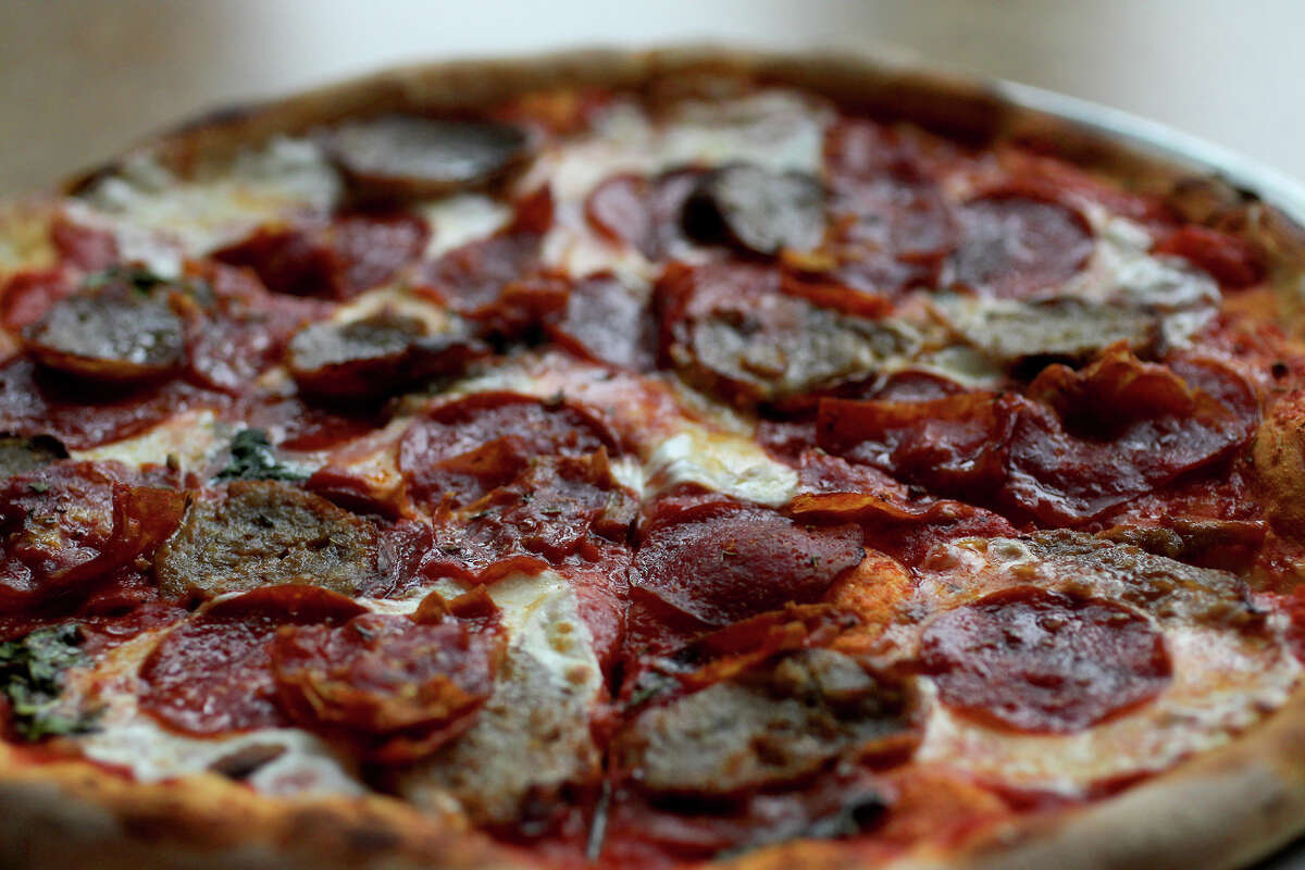 This is the salame picante pizza at Fratello's Italian Market & Deli.
