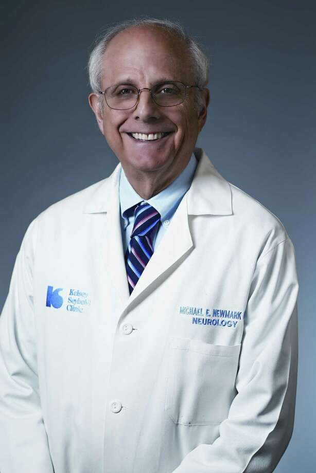 Dr. Michael Newmark practices neurology at Kelsey-Seybold's Clear Lake Clinic. / Fantich Studio