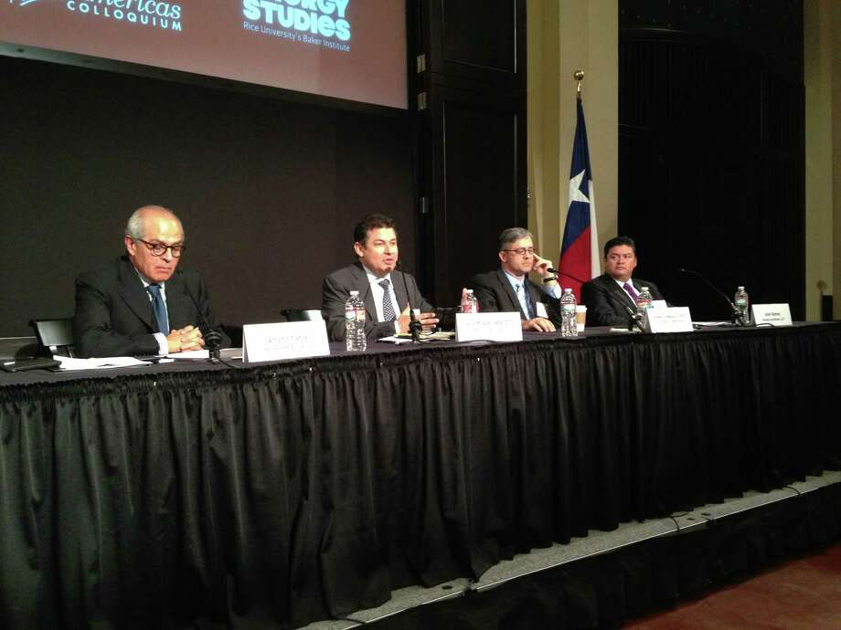 Discussing opportunities for shale gas investment in Mexico at a Rice University event Oct. 31, 2013, are, left to right, Antonio Franck, partner, Haynes and Boone; Luis Miguel Labardini, partner, Marcos y Asociados; Kenneth Medlock, senior director, Center for Energy Studies, Baker Institute at Rice; and Airel Ramos, partner, Haynes and Boone. Photo: Emily Pickrell