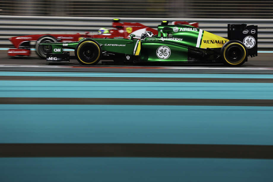 Giedo van der Garde of The Netherlands and Caterham drives during practice for the Abu Dhabi Formula One Grand Prix at the Yas Marina Circuit on November 1, 2013 in Abu Dhabi, United Arab Emirates. Photo: Mark Thompson, Getty Images / 2013 Getty Images