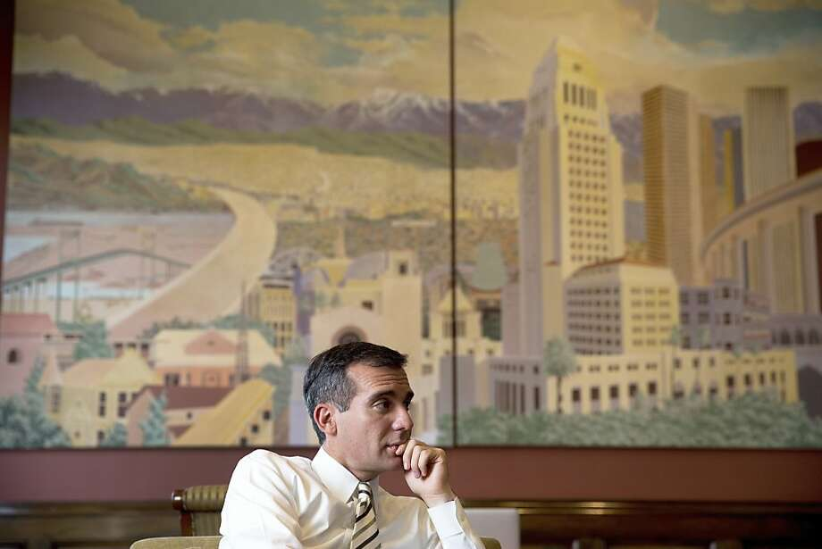 Mayor Eric Garcetti cited warnings by the Obama administration about threats to essential infrastructure. Photo: Monica Almeida, New York Times