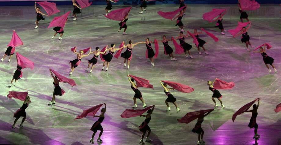 Synchronized SkatingThis sport has all the beauty and elegance of figure skating with the added difficulty of being perfectly in sync with the other skaters. It consists of a group of eight to 20 members and was originally called precision skating because the skaters have to maintain precise formations and timing.