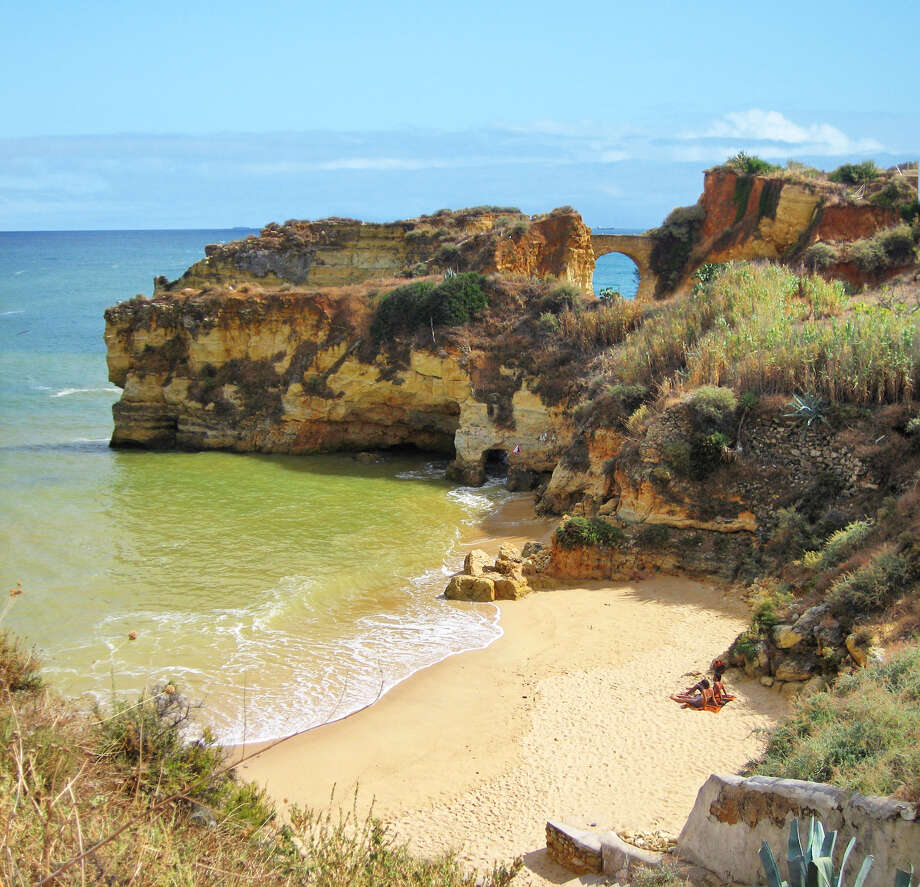 Pristine, hidden beaches along the south coast are the main attraction in Portugal's Algarve. (photo: Rick Steves) Photo: Ricksteves.com / © Rick Steves Europe  (www.ricksteves.com)