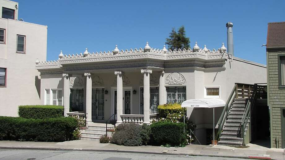 The house at 439 Roosevelt Way, built  in 1922 near Buena Vista Park and Corona Heights, for a time belonged to silent film star Norma Talmadge. Photo: John King