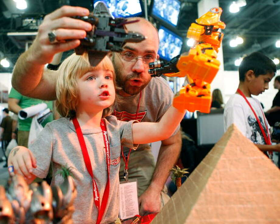 Guests enjoy Botcon at the Pasadena Convention Center on Saturday May 30, 2009 in Pasadena, California.  (Photo by Jordin Althaus/WireImage) Photo: Jordin Althaus, Getty Images / 2009 WireImage