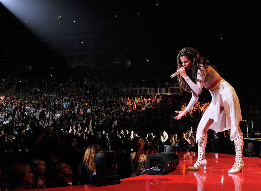 Singer/actress Selena Gomez performs at the Barclays Center on October 16, 2013 in the Brooklyn borough of New York, New York.