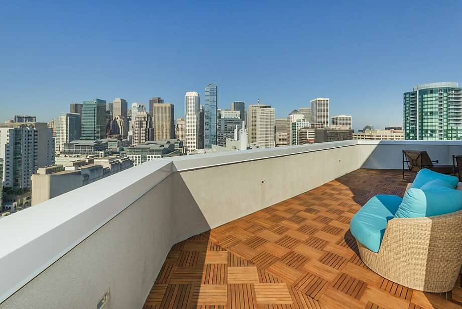 The penthouse has 270-degree views of downtown San Francisco. Photo: Olga Soboleva/Vanguard Propertie