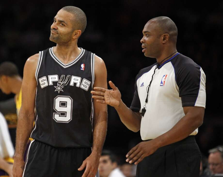 San Antonio Spurs guard Tony Parker (9), of France, listens to referee Courtney Kirkland during the first quarter of the Spurs' NBA basketball game against the Los Angeles Lakers on Friday, Nov. 1, 2013, in Los Angeles. Photo: Alex Gallardo, Associated Press