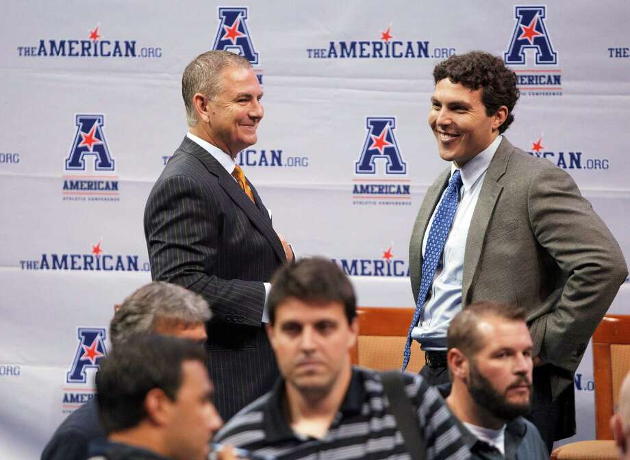 UCF coach Donnie Jones, left, talks with Memphis coach Josh Pastner at the American Athletic Conference NCAA college basketball media day on Wednesday, Oct. 16, 2013, in Memphis, Tenn. (AP Photo/Lance Murphey) Photo: Lance Murphey, Associated Press / Associated Press
