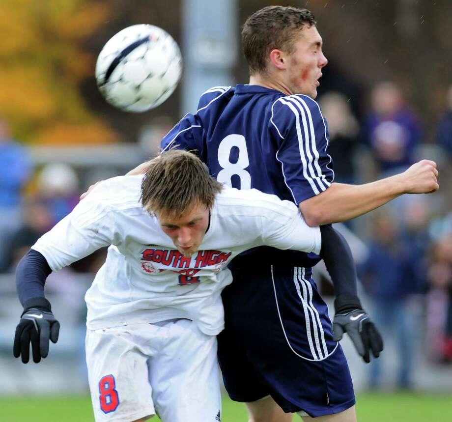 South Glens Falls' Kyle Ogden, left, and Averill Park's Ben Reinisch compete for a header during their Section II Class A soccer championship game on Saturday, Nov. 2, 2013, at Colonie High in Colonie, N.Y. (Cindy Schultz / Times Union) Photo: Cindy Schultz / 00024490A