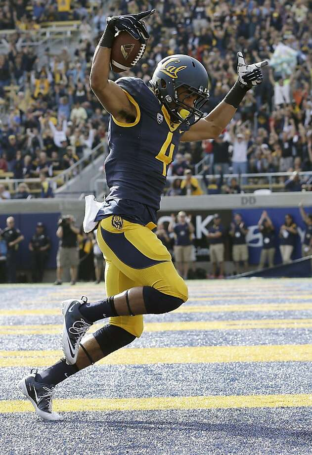 Freshman Kenny Lawler had scoring grabs of 17, 3 and 29 yards. Photo: Jeff Chiu, Associated Press