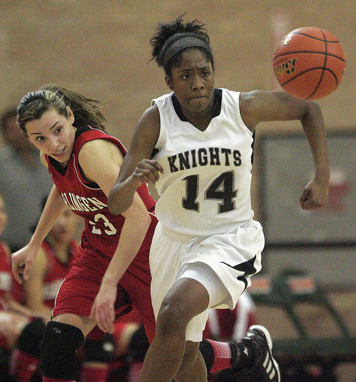 Steele guard McKenzie Calvert hopes to help the Knights take the next step this season by making another run at the Class 5A state title that barely eluded them in March.