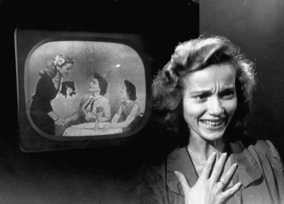 1949: Actress Eva Maria Saint, watching herself perform on playback of Celebrity True TV show.  (Photo by Roy Stevens//Time Life Pictures/Getty Images) Photo: Roy Stevens, Time & Life Pictures/Getty Image / Roy Stevens