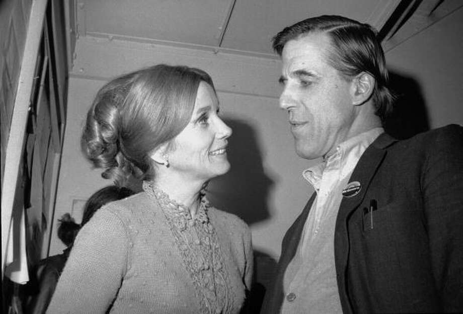 American actors Eva Marie Saint and Fred Gwynne (1926 - 1993) talk together, early 1970s. Gwynne wears a political campaign button, in support of George McGovern, on his lapel. They appeared together in the1954, Elia Kazan directed film 'On the Waterfront.' (Photo by Tim Boxer/Getty Images) Photo: Tim Boxer, Getty Images / 2006 Getty Images