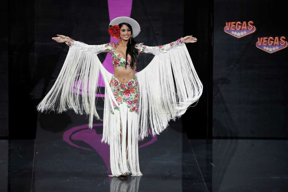 Patricia Yurena Rodriguez  from Spain during the national costume show at the 2013 Miss Universe pageant in Moscow, Russia, on Sunday, Nov. 3, 2013. Photo: Pavel Golovkin, Associated Press / AP