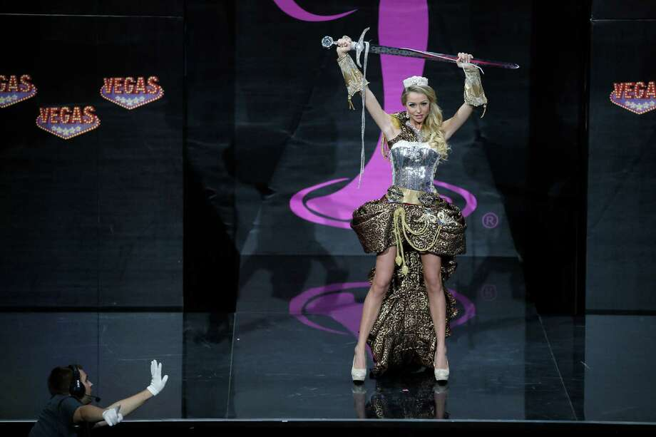 Alexandra Friberg from Sweden during the national costume show at the 2013 Miss Universe pageant in Moscow, Russia, on Sunday, Nov. 3, 2013. Photo: Pavel Golovkin, Associated Press / AP
