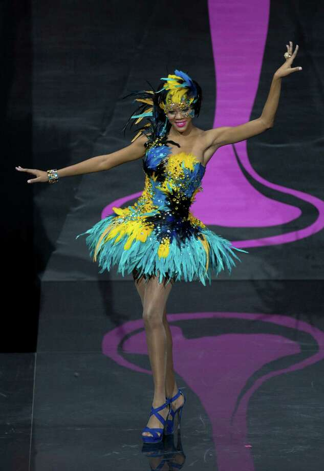 Miss Bahamas Lexi Wilson presents her outfit, during the national costume show at the 2013 Miss Universe pageant in Moscow, Russia, on Sunday, Nov. 3, 2013. Photo: Pavel Golovkin, Associated Press / AP
