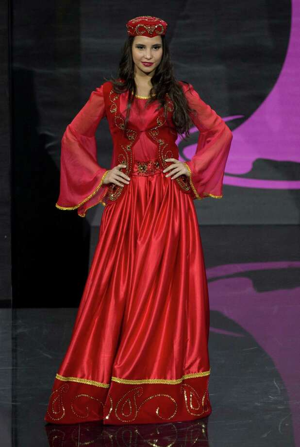 Miss Azerbaijan Aysel Manafovapresents her outfit, during the national costume show at the 2013 Miss Universe pageant in Moscow, Russia, on Sunday, Nov. 3, 2013. Photo: Pavel Golovkin, Associated Press / AP