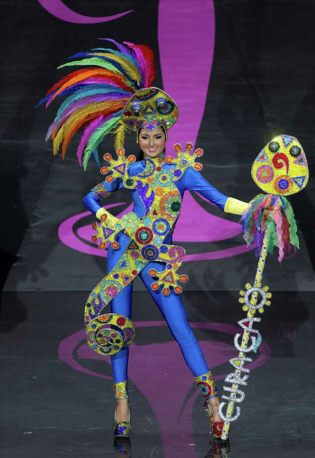 Miss Curacao Eline de Pool presents her outfit, during the national costume show at the 2013 Miss Universe pageant in Moscow, Russia, on Sunday, Nov. 3, 2013. Photo: Pavel Golovkin, Associated Press / AP