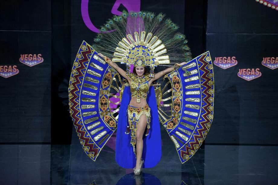 Miss Ecuador Constanza Baez presents her outfit, during the national costume show at the 2013 Miss Universe pageant in Moscow, Russia, on Sunday, Nov. 3, 2013. Photo: Pavel Golovkin, Associated Press / AP