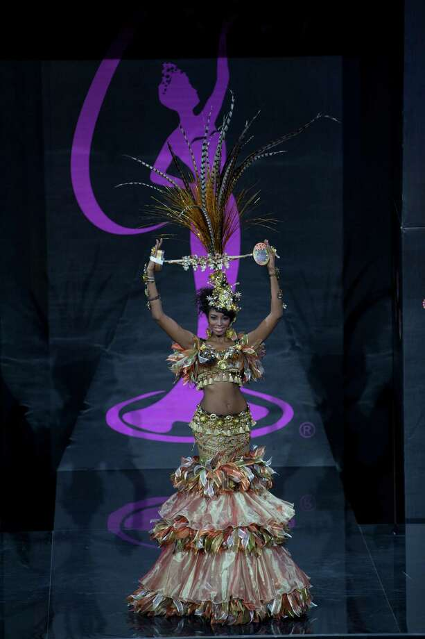 Miss Dominican Republic Yaritza Reyes presents her outfit, during the national costume show at the 2013 Miss Universe pageant in Moscow, Russia, on Sunday, Nov. 3, 2013. Photo: Pavel Golovkin, Associated Press / AP