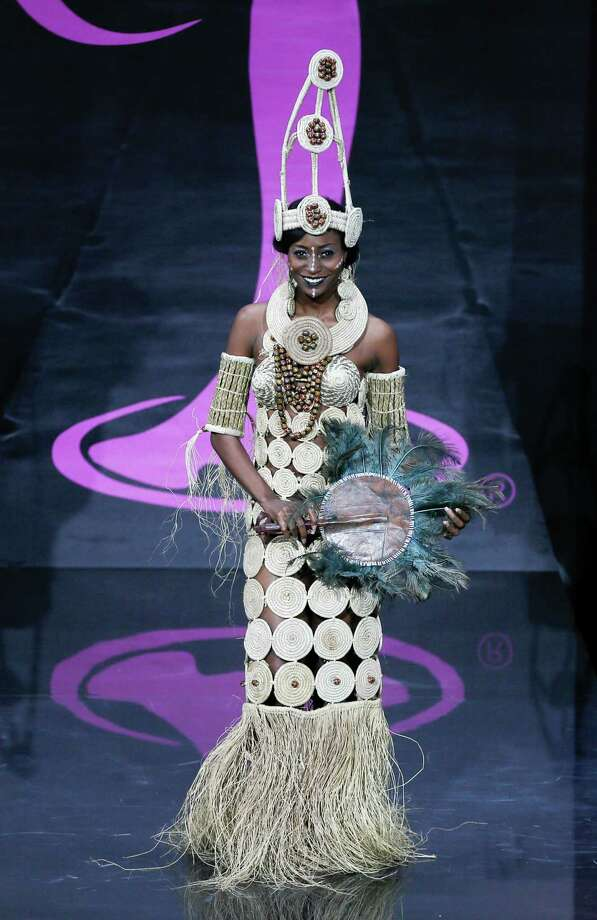 Miss Nigeria Stephanie Okwu presents her outfit, during the national costume show at the 2013 Miss Universe pageant in Moscow, Russia, on Sunday, Nov. 3, 2013. Photo: Pavel Golovkin, Associated Press / AP
