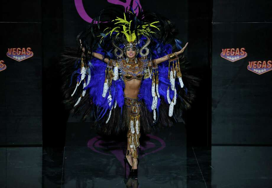 Miss Panama Carolina Brid presents her outfit, during the national costume show at the 2013 Miss Universe pageant in Moscow, Russia, on Sunday, Nov. 3, 2013. Photo: Pavel Golovkin, Associated Press / AP