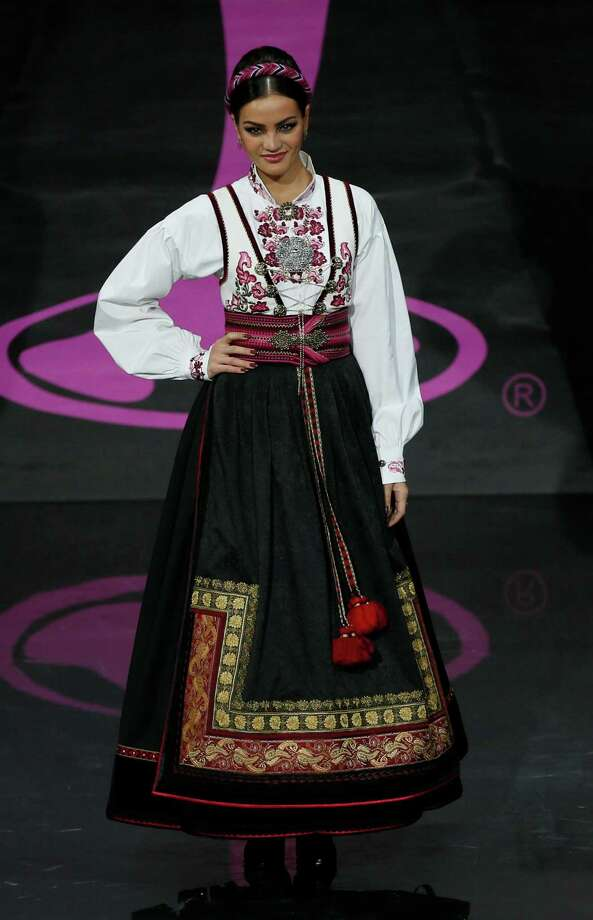 Miss Norway Mari Ekelof presents her outfit, during the national costume show at the 2013 Miss Universe pageant in Moscow, Russia, on Sunday, Nov. 3, 2013. Photo: Pavel Golovkin, Associated Press / AP