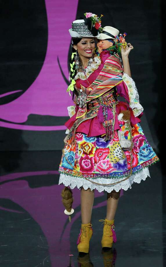 Miss Peru Cindy Meja presents her outfit, during the national costume show at the 2013 Miss Universe pageant in Moscow, Russia, on Sunday, Nov. 3, 2013. Photo: Pavel Golovkin, Associated Press / AP