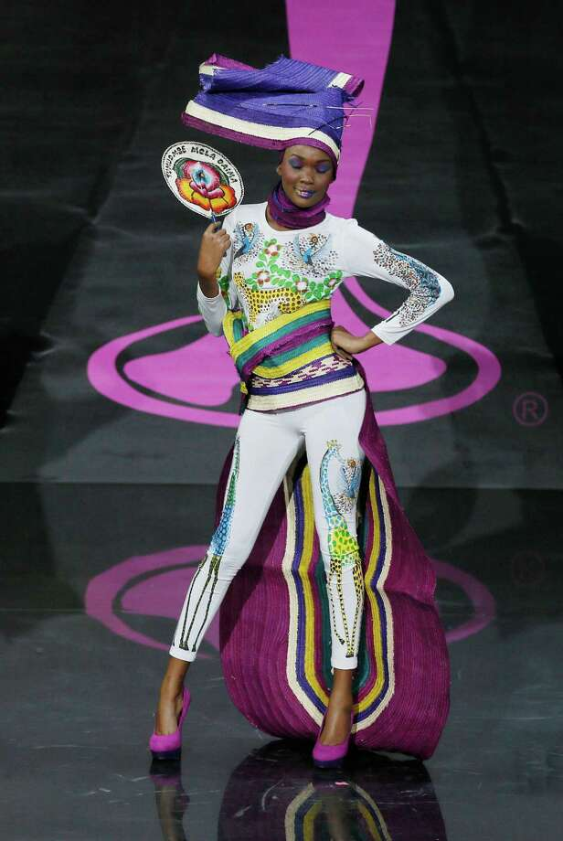 Miss Tanzania Betty Omara presents her outfit, during the national costume show at the 2013 Miss Universe pageant in Moscow, Russia, on Sunday, Nov. 3, 2013. Photo: Pavel Golovkin, Associated Press / AP