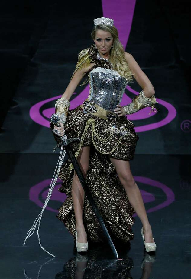 Miss Sweden Alexandra Friberg presents her outfit, during the national costume show at the 2013 Miss Universe pageant in Moscow, Russia, on Sunday, Nov. 3, 2013. Photo: Pavel Golovkin, Associated Press / AP
