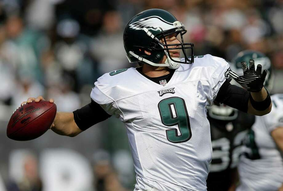 Philadelphia Eagles quarterback Nick Foles (9) passes against the Oakland Raiders during the second quarter of an NFL football game in Oakland, Calif., Sunday, Nov. 3, 2013. (AP Photo/Marcio Jose Sanchez) ORG XMIT: OAS121 Photo: Marcio Jose Sanchez / AP