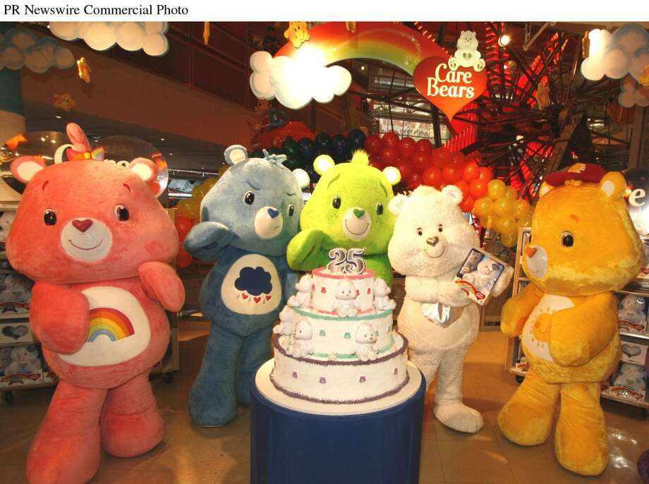Play Along unveiled its new Limited Edition 25th Anniversary Care Bears. (PRNewsFoto/JAKKS Pacific, Inc.) Photo: PR NEWSWIRE