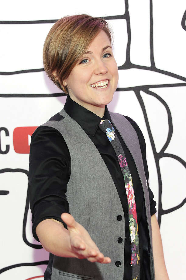 YouTube personality Hannah Hart attends the YouTube Music Awards 2013 on November 3, 2013 in New York City. Photo: Dimitrios Kambouris, Getty Images / 2013 Getty Images