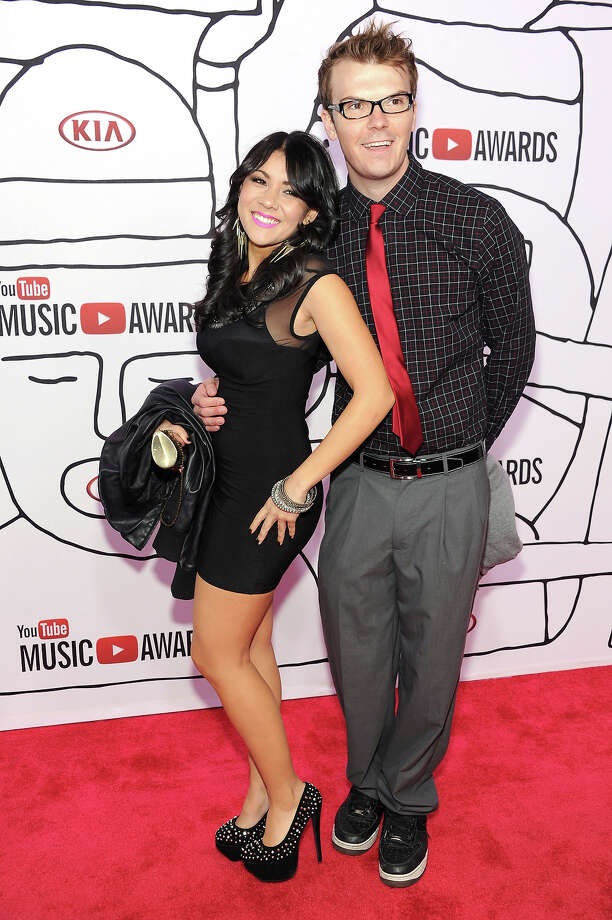 Comedian Steve Greene (L) attends the 2013 YouTube Music awards at Pier 36 on November 3, 2013 in New York City. Photo: Dimitrios Kambouris, Getty Images / 2013 Getty Images