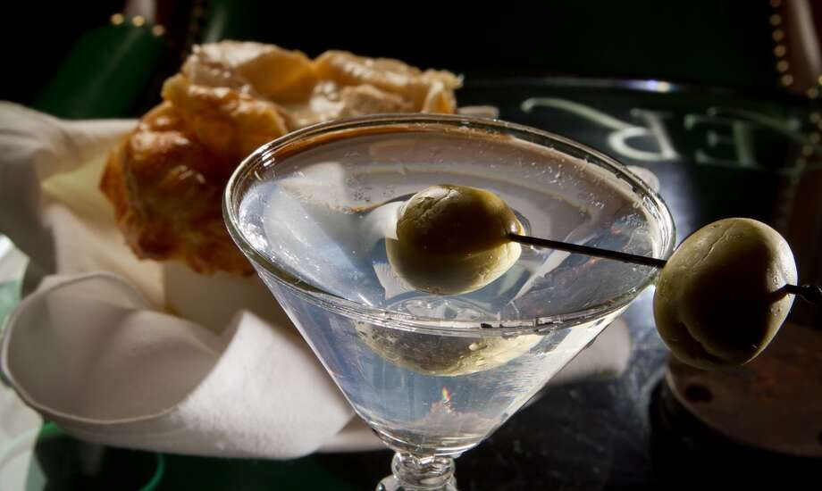 The Junipero Martini with the Chicken Pot Pie at the Big 4. Photo: John Storey, SFC