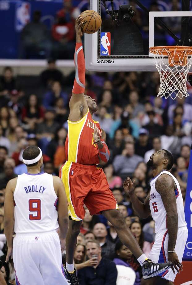 Rockets center Dwight Howard attempts a shot against the Clippers. Photo: Jae C. Hong, Associated Press