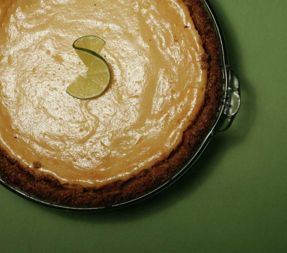Favorite recipe key lime pie, shot in studio. ( BILLY SMITH II/STAFF) Photo: Billy Smith II, STAFF / Houston Chronicle
