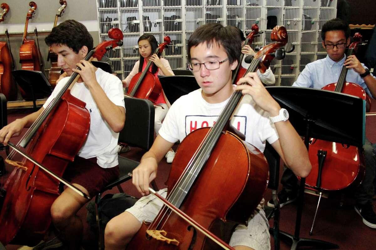 Ninth-grader Jonathan Um, 15, plays the cello.Ninth-grader Jonathan Um, 15, plays the cello.