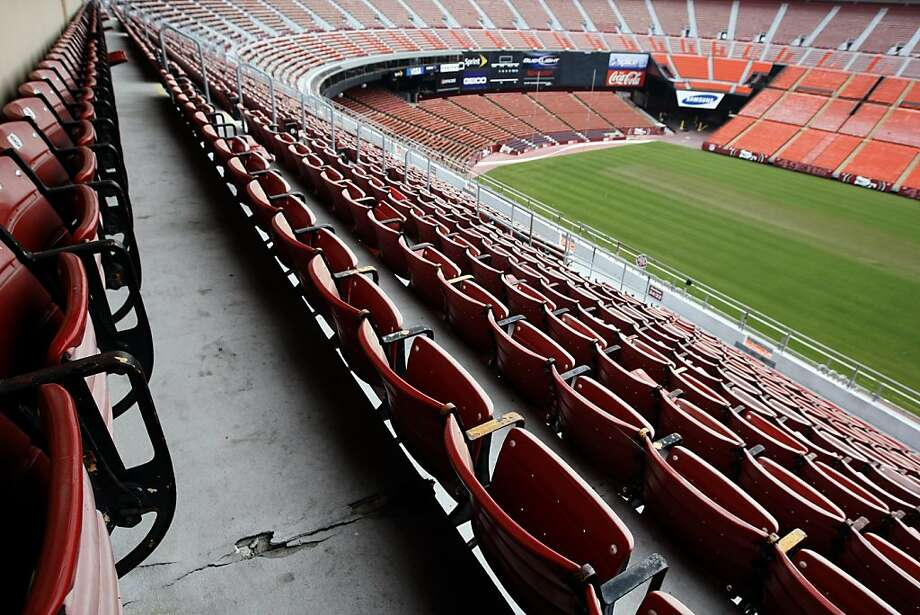 Proceeds from the sale of Candlestick Park seats will be split between the San Francisco Recreation and Park Department and the 49ers. Photo: Lance Iversen, The Chronicle