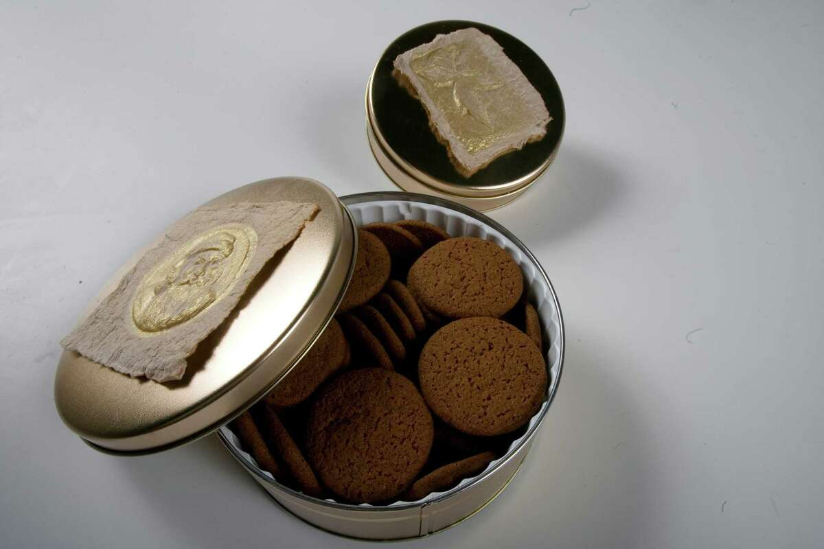 Willow River Farms gingersnaps and cheesesnaps for Nutcracker story by Mary Vuong. (Nick de la Torre/Chronicle)