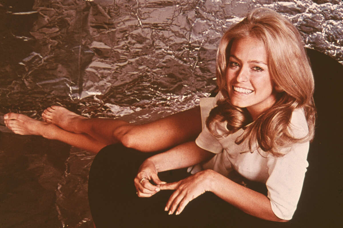 Actress Farrah Fawcett succumbed to cancer on June 25, 2009 at the age of 62.