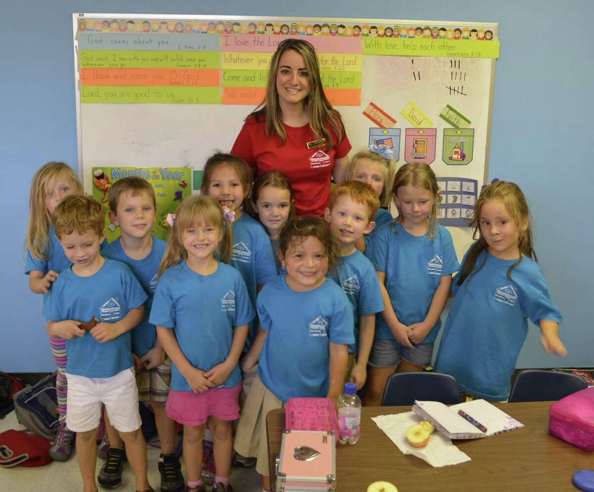 Debbie Birt's Houston Home Educational Program kindergarden class includes a phonics-based reading program in addition to other core classes.