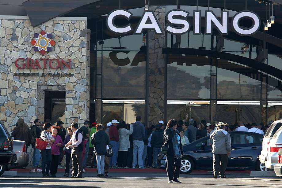 People wait outside as Graton Resort and Casino opens in Rohnert Park, California on Tuesday, November 5, 2013. Photo: Liz Hafalia, The Chronicle