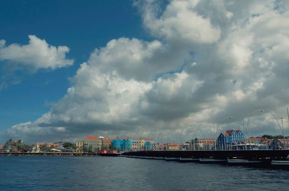 9. Queen Emma's Bridge, Willemstad, Curacao Photo: Photo By Ira Heuvelman-Dobrolyubova, Getty Images/Flickr Open