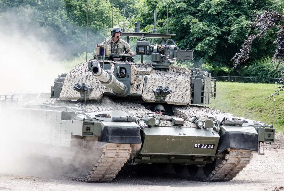 Great Britain: Megatron Challenger 2 Main Battle Tank Photo: Matthew Revell, Flickr Vision