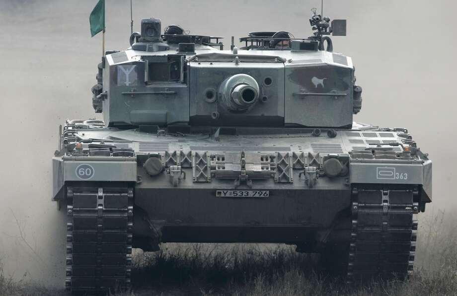 Germany: Leopard 2-A6 heavy tank Photo: Ralph Orlowski, Getty Images