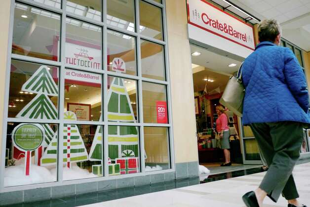 Crate & Barrel, the trendy home furnishings retailer, opened a 'pop-up' store during the holiday season at Crossgates Mall to test the market and determine if they will want a permanent spot in the Capital Region.The Tree Lot at Crate and Barrel store opened Wednesday morning, Nov. 6, 2013, on the second level at Crossgates Mall in Guilderland, N.Y.  The holiday pop-up store was open through December 31st.   (Paul Buckowski / Times Union) Photo: Paul Buckowski / 00024526A
