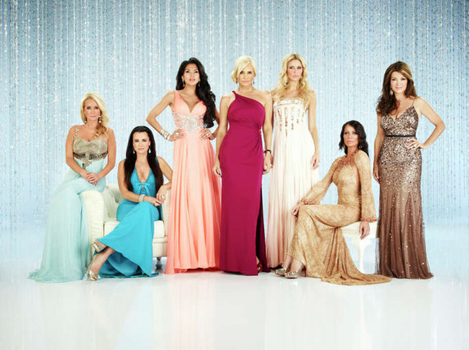 THE REAL HOUSEWIVES OF BEVERLY HILLS -- Season: 4 -- Pictured: (l-r) Kim Richards, Kyle Richards, Joyce Giraud de Ohoven, Yolanda Foster, Brandi Glanville, Carlton Gebbia, Lisa Vanderpump -- (Photo by: Rodolfo Martinez/Bravo) Photo: Bravo, Rodolfo Martinez/Bravo / 2013 Bravo Media, LLC